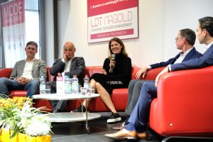 Podiumsdiskussion an der LDT Akademie Fashion Management